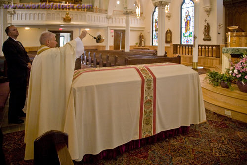 Catholic+Funeral+On+Sunday ... funeral rite and should certainly not ...