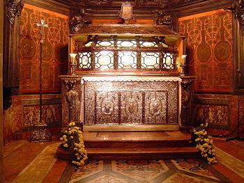 CharlesBorromeo tomb