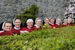 red nuns 1381517_587714167960166_1714298361_n