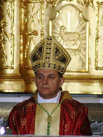 ukraine330px-MieczyslawMokrzycki-arcybiskup-metropolita-lwowski-2008