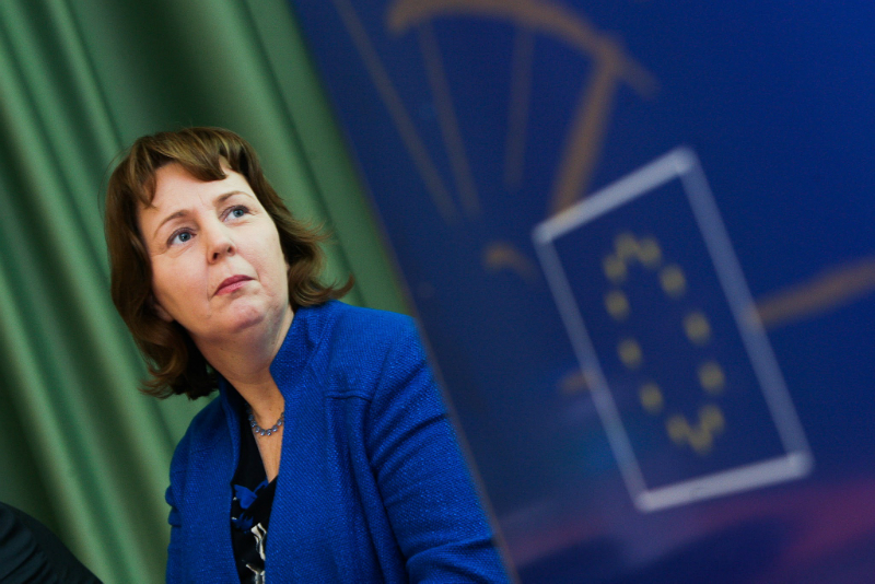 Senator Jillian Van Turnhout.