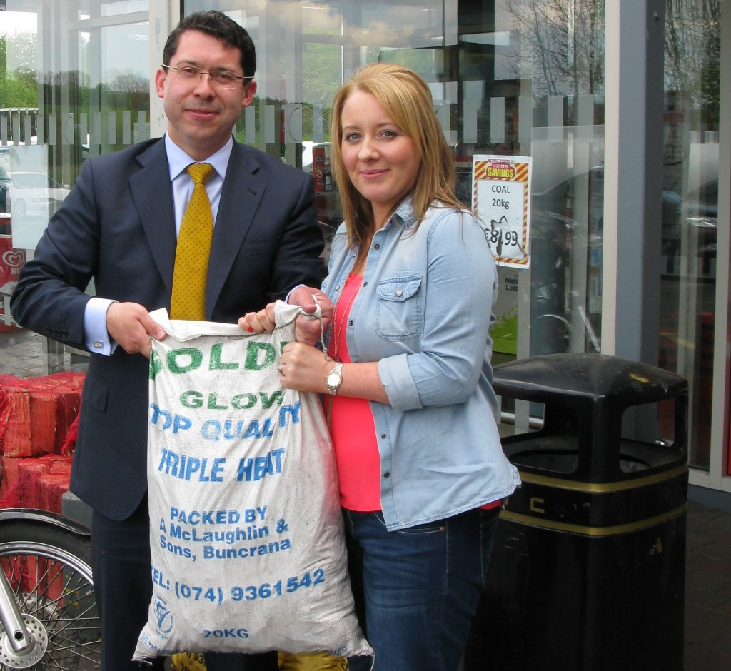 Euro Election Candidate for Midlands North West Constituency, Senator Ronan Mullen with Joan Gillespie from Newtowncunningham discussing the Carbon Tax due to be introduced this week which will increase the price of household fuels.