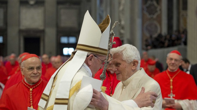 pope-francis-and-pope-emeritus-benedict-xvi-at-st-peter-s-basilica.jpg@protect,0,0,1000,1000@crop,658,370,c