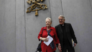 Marie Collins, clerical abuse survivor and Fr Fredrico Lombardi, Vatican spokesman.