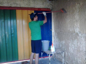 painting at a homeless shelter