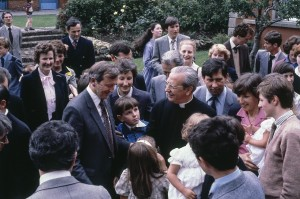 Rockbrook Park School in Dublin on 3 August 1980 - Venerable Alvaro del Portillo greets families.