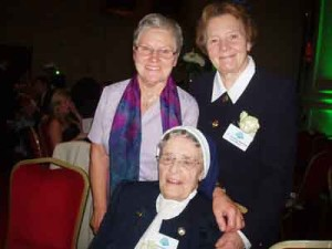 Sr Consilio Fitzgerald with other Mercy Sisters
