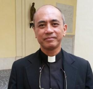 Fr José Mandía