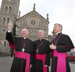 Archbishop Dermot Clifford with the new Archbishop of Cashel and Emly Bishop Kieran O'Reilly SMA (centre) and the Papal Nuncio Archbishop Charles Brown outside the Cathedral of the Assumption in Thurles Co Tipperary after the announcement on Saturday morning.  (22.11.14). Pic John Mc Elroy.
