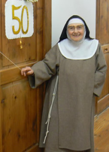 Sr Thérèse Marie O'Connell who lived out her religious vocation in the heart of Lourdes for over fifty-seven years.