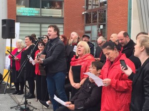 Focus Ireland 30th celebrations with Mundy and High Hopes choir