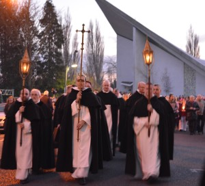 At the end of the last Mass in St Dominic's church in Athy the Dominican friars led a procession of their parishioners through the town to St Michael's parish where they handed over their former congregation into the custody of that parish.