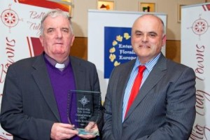 Fr George O'Mahoney (l)