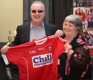 Pic shows Richard Moore being presented with a Cork jersey by Mount Mercy College principal Padraigin ui Riordain. Pic John Mc Elroy.