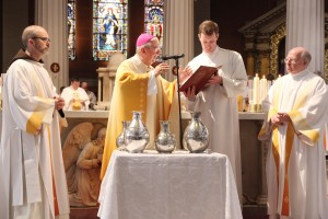 Pic shows Archbishop Diarmuid Martin blessing the oil of Chrism at the Mass of Chrism in St Mary's Pro Cathedral on Holy Thursday morning 2016. Pic John Mc Elroy.