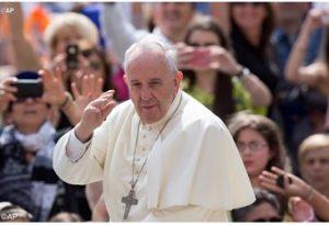 Pope Francis AP2957115_LancioGrande