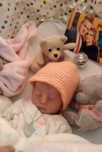 """Caragh O'Neill Fox, did not live outside womb. Her mum's """"best friend"""" for 38 weeks."""
