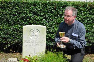 Fr Donal OSullivans grave Somme
